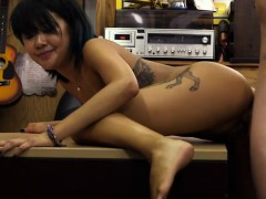 Asian sells her massage...