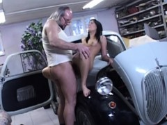 Old mechanic fucks hot...