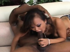 Hot fuck for the Thai slut...